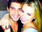 Ex-BBB Fernanda posta foto com o rostinho colado ao de André