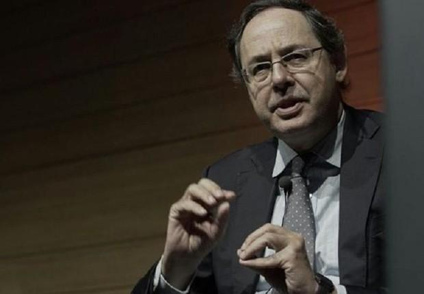 O economista Eduardo Giannetti da Fonseca em palestra no evento da XP Investimentos (Foto: Divulgação)