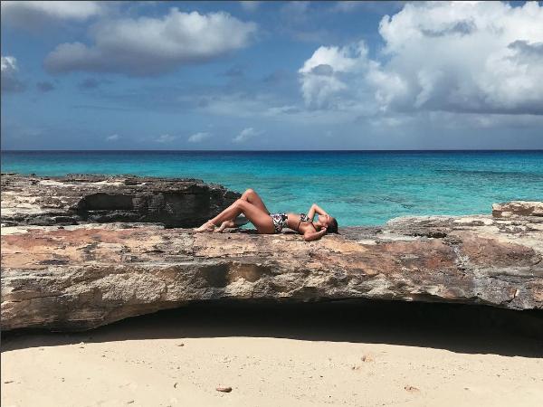 Bruna Marquezine no Caribe (Foto: Reprodução/Instagram)