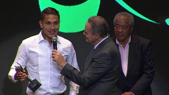 """Guerrero é o craque do Carioca e dispara: """"Tem que ter colhão pra jogar no Fla"""""""