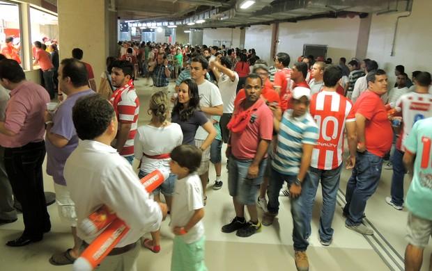 fila Arena Pernambuco inauguração (Foto: Elton de Castro)