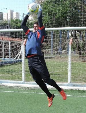Weide, goleiro do Grêmio Prudente (Foto: João Paulo Tilio / GloboEsporte.com)