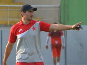 Edson Júnior, técnico Rio Branco-AC (Foto: Murilo Lima)