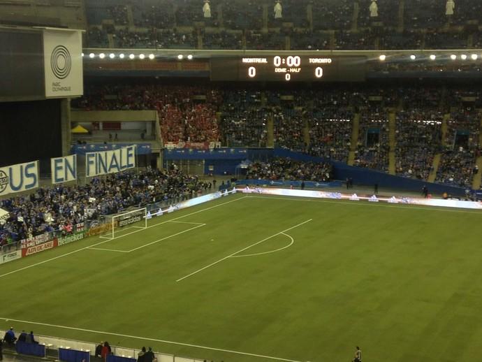 Linha pintada errada Toronto FC x Montreal Impact (Foto: Reprodução / Twitter)