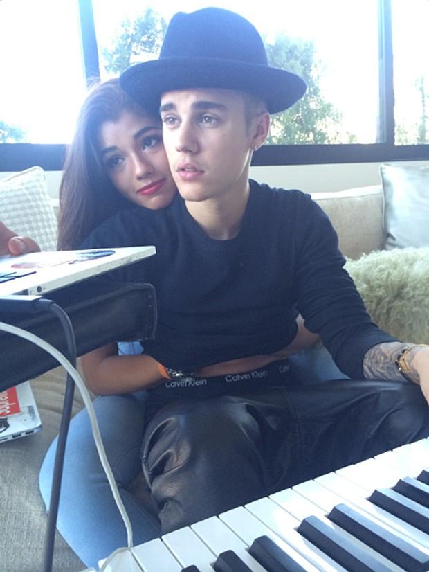 Justin Bieber e Yovanna Ventura (Foto: Shots / Reprodução)