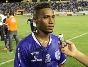 Diogo marca gol histórico no Batistão (Foto: Luciano Otávio)