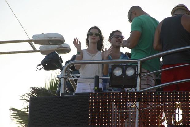 Nathalia Dill no trio de Ivete em Salvador (Foto: Dilson Silva/Agnews)