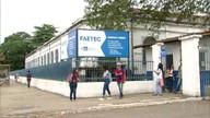 Funcionários da limpeza e merendeiras estão com salários atrasados na Faetec