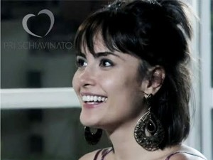 Personagem de Maria Casadevall usa acessórios de uberlandense (Foto: Priscilla Schiavinato/Arquivo Pessoal)
