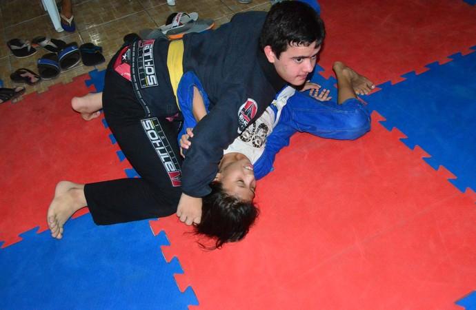 João Paulo Jiu-jitsu down (Foto: Raiana Barreto)