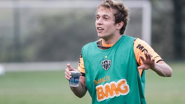 Bernard, Atlético-MG, treino, Cidade do Galo (Foto: Bruno Cantini / Site Oficial do Atlético-MG)