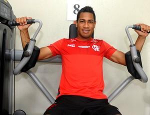 Hernane no treino do Flamengo (Foto: Alexandre Vidal / Fla Imagem)