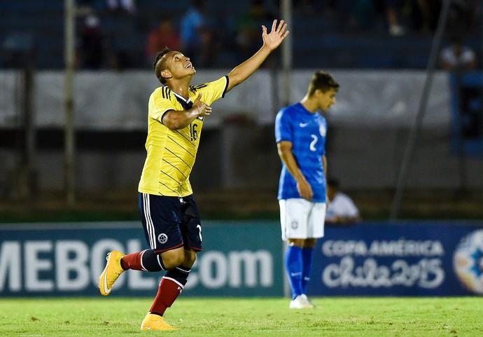 Jarian Barrera, Brasil x Colombia sub-20 (Foto: AP)