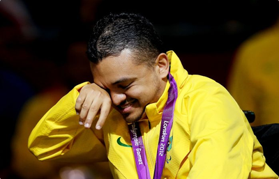 Maciel de Souza ouro individual em Toronto  (Foto: Getty Images)