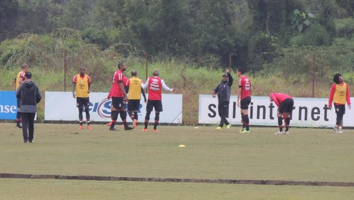 Joinville treino (Foto: João Lucas Cardoso)