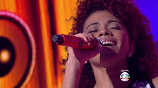 Tori Huang se classifica para semifinais do The Voice Brasil