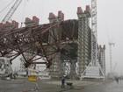 Primeira parte de estrutura que vai cobrir reator de Chernobyl é concluída