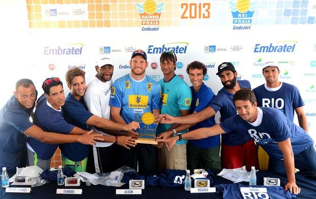 jogadores coletiva Rei da Praia vôlei (Foto: Maurício Kaye)