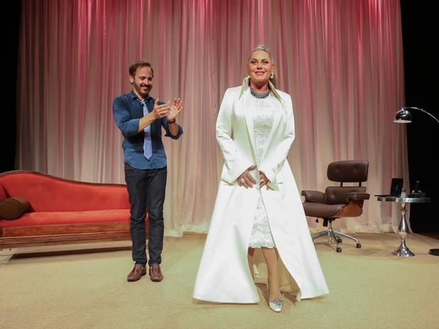 Vera Fischer e Edson Fieschi em ação em peça em São Paulo (Foto: Manuela Scarpa/ Brazil News)
