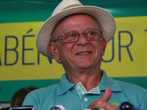 Nas Eleições 2014, Agra (PEN) foi candidato a suplente de Senador de Wilson Santiago (PTB), mas não foi eleito (Foto: Rizemberg Felipe/Jornal da Paraíba)
