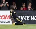 Drogba marca de pênalti em jogo de oito gols na Major League Soccer