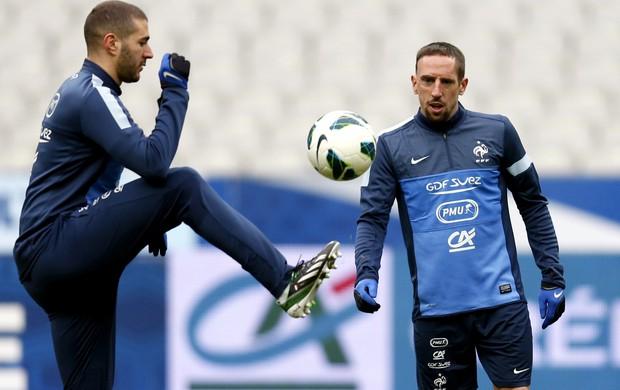 Benzema Ribéry França (Foto: Reuters)