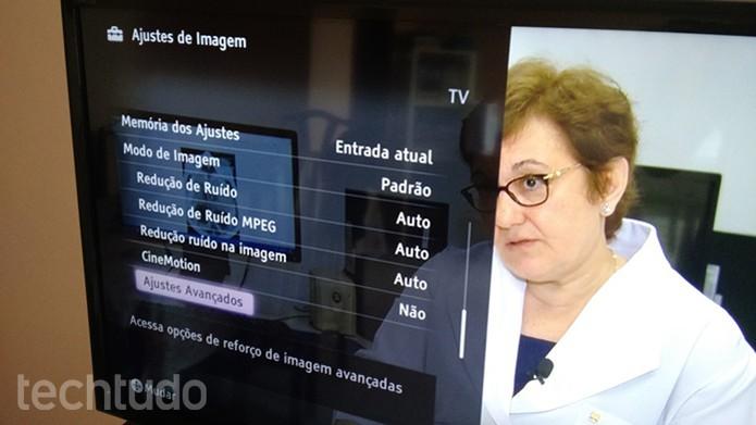 Também é possível ajustar CineMotion e recursos avançados (Foto: Felipe Alencar/TechTudo)