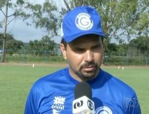 Henry Lauar, técnico do Goianésia (Foto: Reprodução/TV Anhanguera)