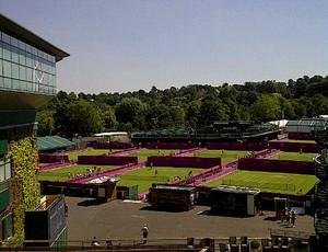 O brasileiro Marcelo Melo registrou uma foto do 'novo' Wimbledon (Foto: Reprodução / Twitter)