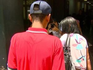 Adolescente suspeito de participação em morte de PM chega a Campinas, SP (Foto: Reprodução / EPTV)