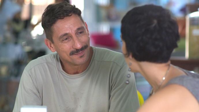 Misael apoia Flavia em sua decisão (Foto: TV Globo)