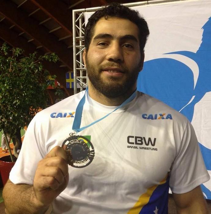 Eduard Soghomonyan torneio de paris luta olímpica (Foto: Divulgação/CBW)