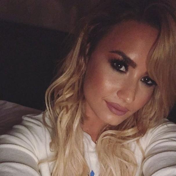 Demi Lovato está loira (Foto: Reprodução/Instagram)