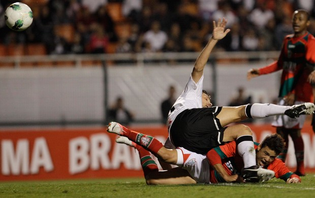 Corinthians x Portuguesa (Foto: Nelson Antoine / Ag. Estado)