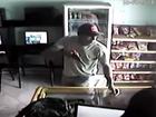 Suspeito de roubo é preso após ser filmado (Reprodução)