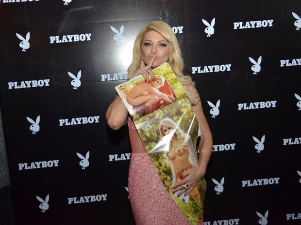 Antônia Fontenelle lança 'Playboy' em boate no Rio (Foto: Felipe Assumpção e Léo Marinho/ Ag. News)