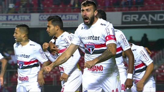 Dorival diz que vitória tira peso do São Paulo, elogia Edimar e confia em Nem