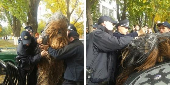 Ao apoiar Darth Vader, Chewbacca é preso por violação eleitoral