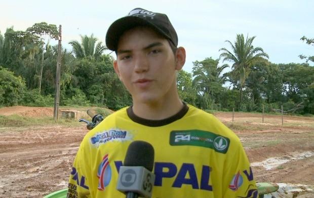 Diego Henning é piloto de motocross em Rondônia (Foto: Bom Dia Amazônia)