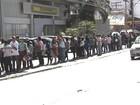 Busca por vaga de emprego faz fila dobrar quarteirão em Goiânia