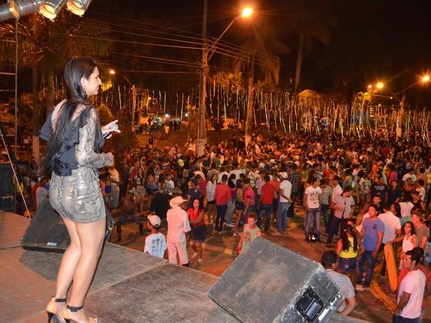 Até o ano passado Cacoal teve Carnaval de rua promovido pela Prefeitura. (Foto: Rogério Aderbal/G1)