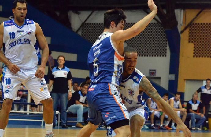 Rio Claro X Bauru - NBB 2014/2015 (Foto: Henrique Costa/Bauru Basket)