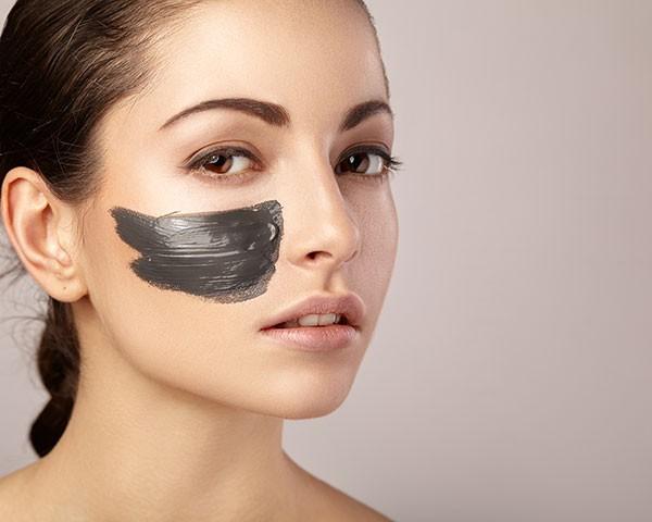 Alguns produtos de beleza fogem do comum e ousam na composição e formato (Foto: Thinkstock)