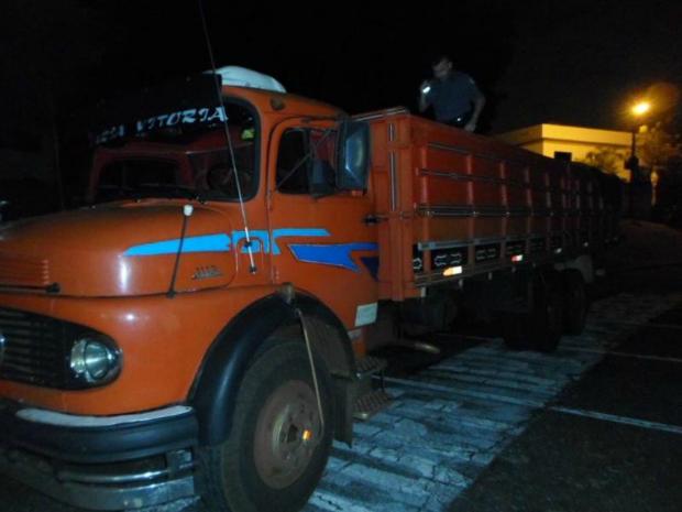 Suspeito vinha de Foz do Iguaçu (PR) quando foi parado em Quadra, SP (Foto: Divulgação/Polícia Rodoviária)