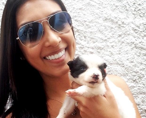 Amanda e sua linda border collie: Amy (Foto: Arquivo pessoal)