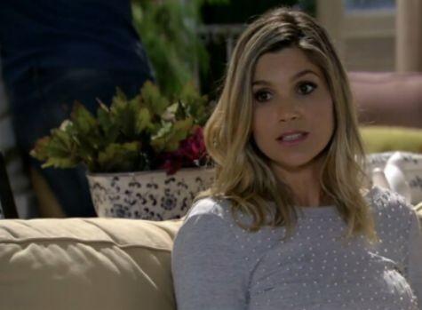 Flávia Alessandra em cena como Érica em 'Salve Jorge' (Foto: Reprodução)