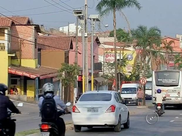 Radares em Tatuí já multaram 2,7 mil veículos, diz prefeitura (Foto: Reprodução/ TV TEM)