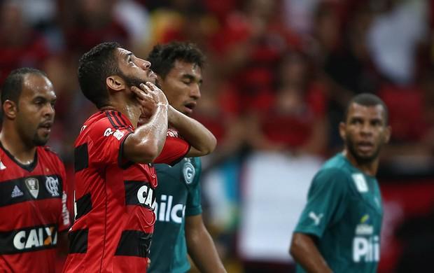 Wallace Flamengo x Goiás (Foto: Adalberto Marques/Agência Estado)