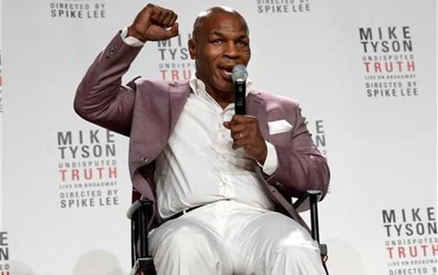 Mike Tyson boxe (Foto: Reuters)