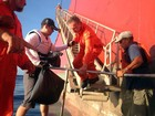 'Não entramos em pânico', diz capitão de barco naufragado na costa do RN